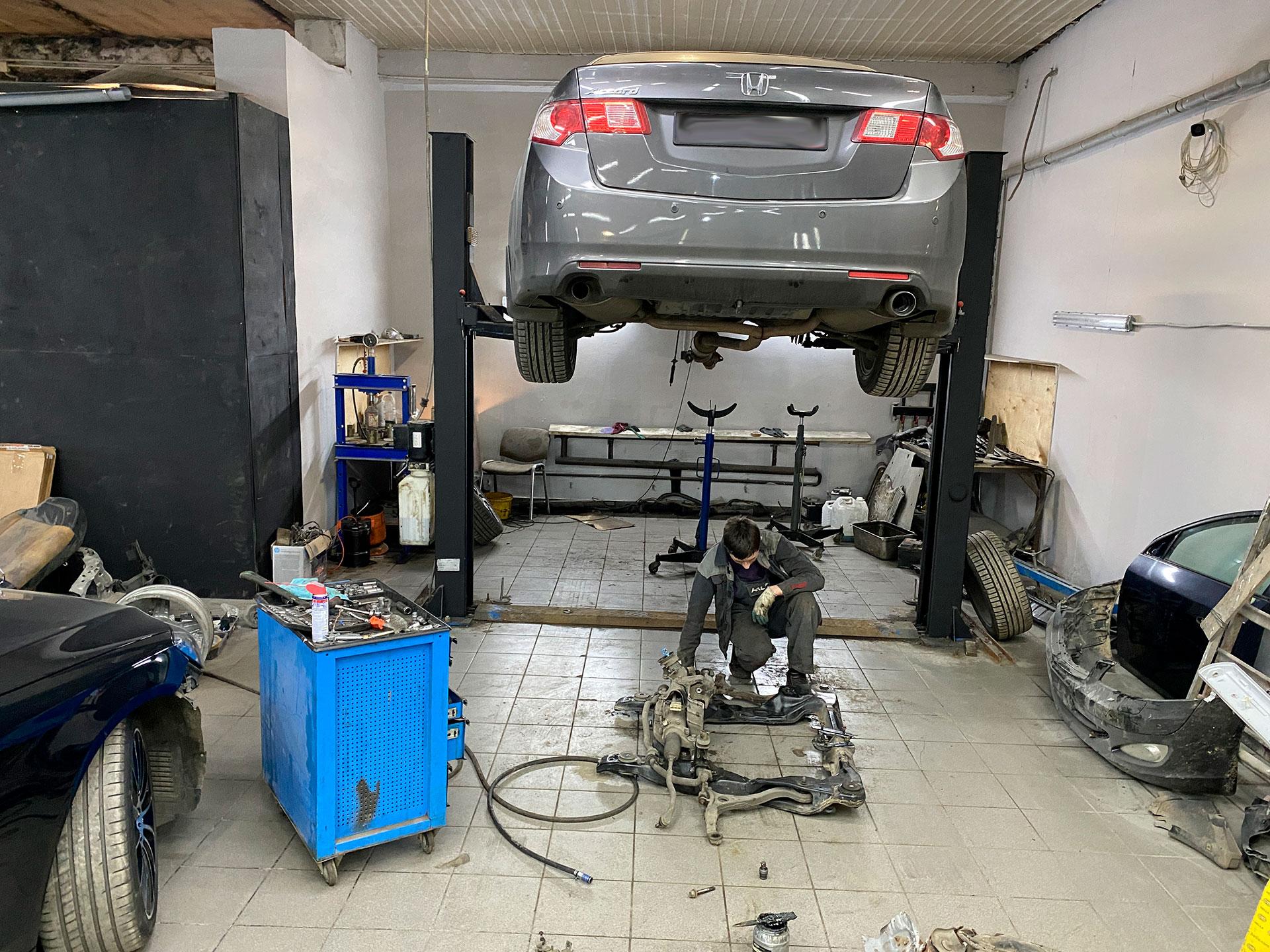 Honda accord установка переднего подрамника, после сильного ДТП